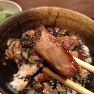 六本木ランチ:カリふわのフォアグラ丼に対し副菜とのバランスに課題。ーー鉄板焼 開化屋 (ボリューム:★3 雰囲気:★3)