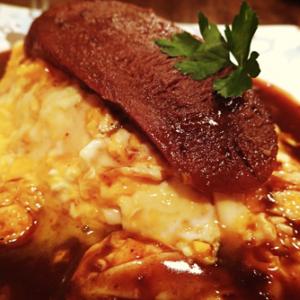 恵比寿ランチ:牛タンどどーん!タマゴとろーり! 厚切り牛タンオムライスーーチャモロ (味:★4 雰囲気:★3)
