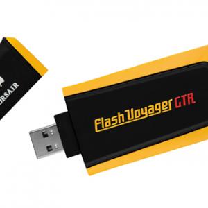 高速データ転送可能な128GB容量のUSBメモリー