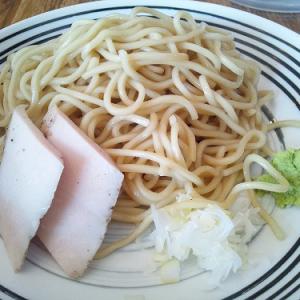 青山ランチ:水炊き風味スープ&ワサビが香るつけ鶏そば--『麺屋すみす』(味:★4 雰囲気:★5)