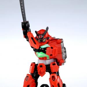 【動画アリ】美しすぎる剣さばきッ! 体感型斬撃バトルロボット『サムライボーグ』が4月19日に発売へ