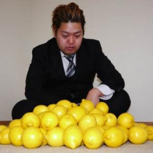 【特集動画】レモン100個分のビタミンCをレモン100個から摂取してみた
