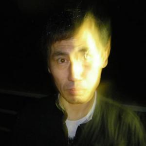 【リーク】エスパー伊東の顔に霊が?! 番組収録中に撮影された心霊写真