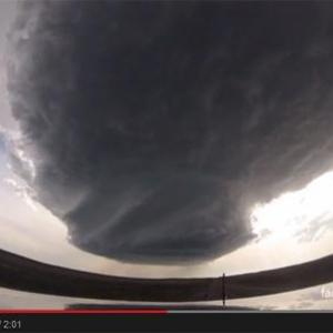 【動画】巨大積乱雲『スーパーセル』が成長する過程を捉えた動画がスゴイ