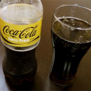 新作コカ・コーラ! カフェインもカロリーもZEROはウマイのか?