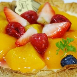 【試食レポ】フルーツにうっとり! 焼きたてチーズタルト専門店『PABLO』から季節限定タルト『桃とベリーのチーズタルト』が登場
