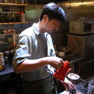 HiFi Cafeが選ぶ一冊:青山の名店が閉店前に出版した私家本『大坊珈琲店』