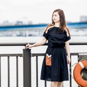 SSW櫛引彩香、THE KEYSや松田岳二ら参加のアルバム『恋する運命』リリース