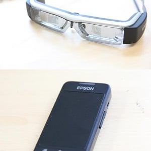 【ソルデジ】エプソンのスマートグラス『MOVERIO(BT-200AV)』が未来的過ぎる!