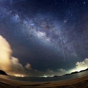 夏休みの思い出に、ペルセウス座流星群の観測! 晴れたら12日夜見頃