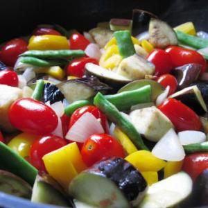 """サラダだけでは野菜不足に! トマトの加工品を使った簡単レシピで""""夏疲れ""""リセット"""