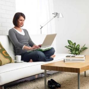 ノートPCを快適に使える『クーリングパッド』と『ノートPCスタンド』ロジクールが発売へ
