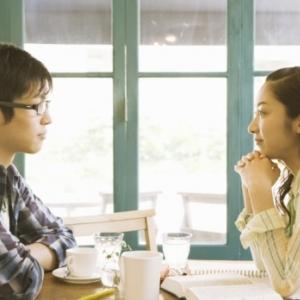 男性がイラッとする女子の行動「考えが二転三転」「急に泣く」「話の前置きが長い」 面倒1位は「○○と私どっちが大切?」 [オタ女]