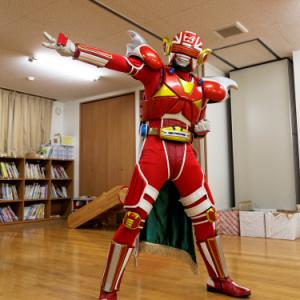 君はちくわとカニカマ企業が生んだご当地ヒーロー『スギヨ仮面』を知っているか? 石川の幼稚園児は全員知ってるぞ(笑)
