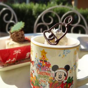 マグカップのお土産付き! お得度満載の『東京ディズニーリゾート』フードメニューをご紹介【ディズニー・クリスマス2014】