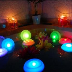 お風呂を熱帯リゾート風に演出!? 7色に変化するLEDイルミネーション『バスパラ』