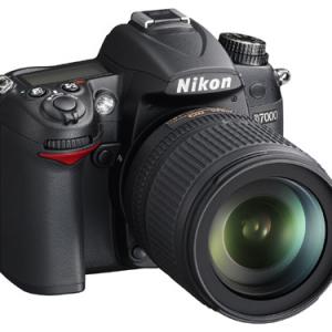 ニコンが新開発CMOSセンサーなどを搭載したデジタル一眼レフカメラ『ニコン D7000』発売へ