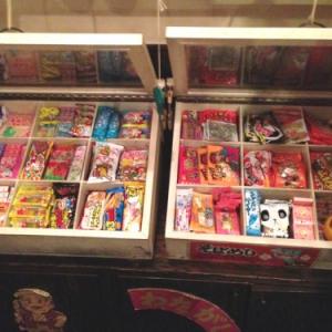 駄菓子食べ放題!『駄菓子バー』がアツい!しかもオリジナル駄菓子カクテルが超美味!