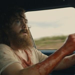 あまりにも気弱な男の生々しすぎる復讐劇 バイオレンス・スリラー映画『ブルーリベンジ』