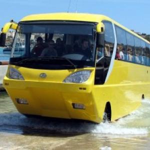 水陸両用のバスが誕生! そして早くも実用化へ!