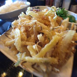 """【衝撃】丸亀製麺で""""うどん""""でなく、ご飯を頼むと""""天丼""""になる"""