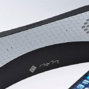 スピーカーで「もしもし?」 Bluetoothスピーカー付きハンドセット『Moshi Moshi 04』