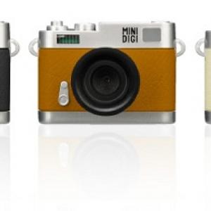 クラシックカメラ風の小さなトイデジカメ『GH-TCAM30Cシリーズ』をグリーンハウスが発売へ