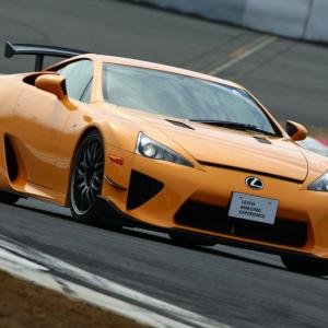 レーシングドライバーとサーキットを爆走できる 『LEXUS AMAZING EXPERIENCE』