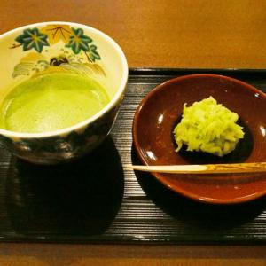 金沢カフェ:敷居の高そうな抹茶をカジュアルに頂けちゃう!―― 上林金沢茶舗(味★5 古都情緒★5)