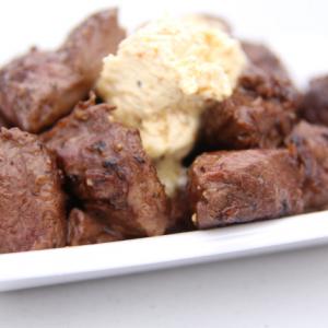 肉寿司からガツン系ステーキまで豪傑な肉大集結! 『肉フェス2015春』へ行ってみた