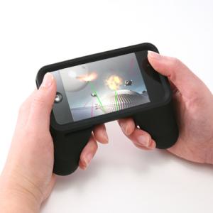 ゲームアプリを快適に操作! 『iPhone 4』用ゲームコントローラー型ケース