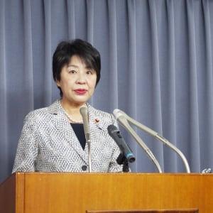 上川陽子・法務大臣定例会見「児童ポルノ法に関してはホームページで周知徹底していく」(2015年5月12日)
