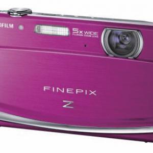 カラフル&スリム 富士フイルムが3.0型ワイドタッチパネル搭載『FinePix Z90』発売へ
