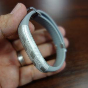 Jawboneがリストバンド型活動量計『UP2』を6月中旬に国内発売へ 前モデルから体積比45%に小型化