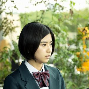 CM美女として話題に! 『ストレイヤーズ・クロニクル』で謎めいた少女を演じる「黒島結菜」に注目